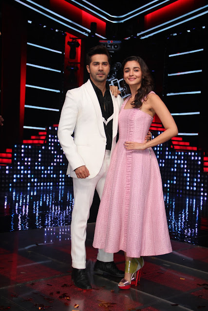 Varun Dhawan and Alia Bhatt on the sets of &TV's The Voice India Season ...