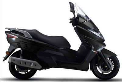 Spesifikasi kelebihan kelemahan harga scooter benelli zafferano 250 cc terbaru