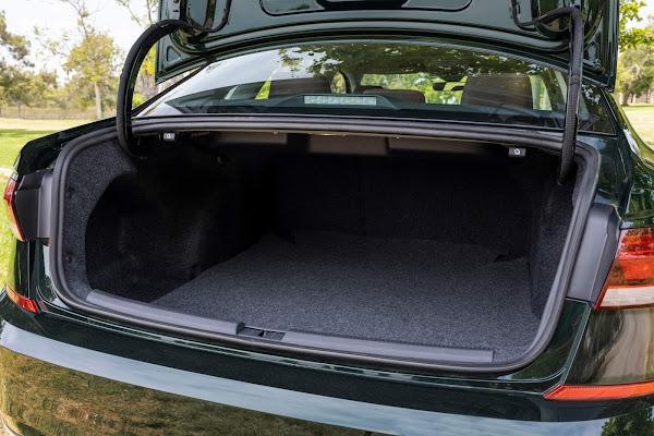 Volkswagen Passat 2022 Limited Edition
