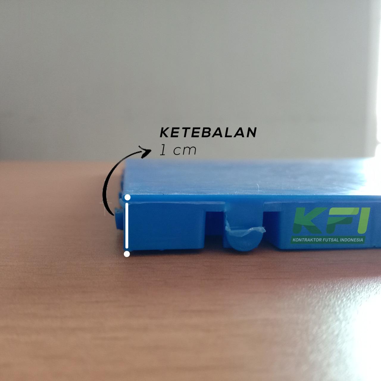 interlock futsal segi enam memiliki tebal 1cm
