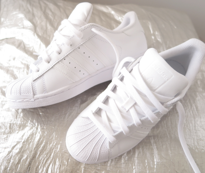 huge selection of 5b3b4 446d6 Adidas Superstar 80s Chalk White Copper Hers trainers Office