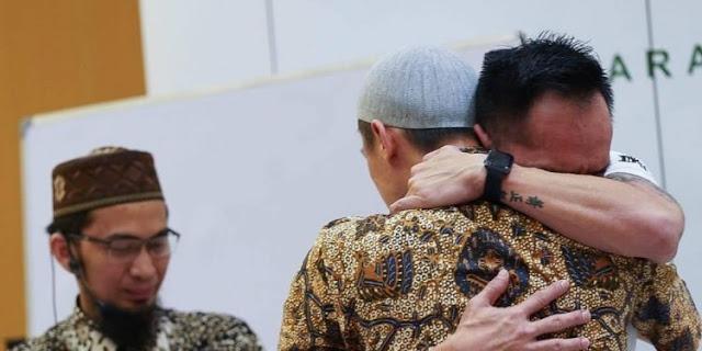 Koh Hanny Ikut Terharu Menyaksikan Freddy Siauw Masuk Islam