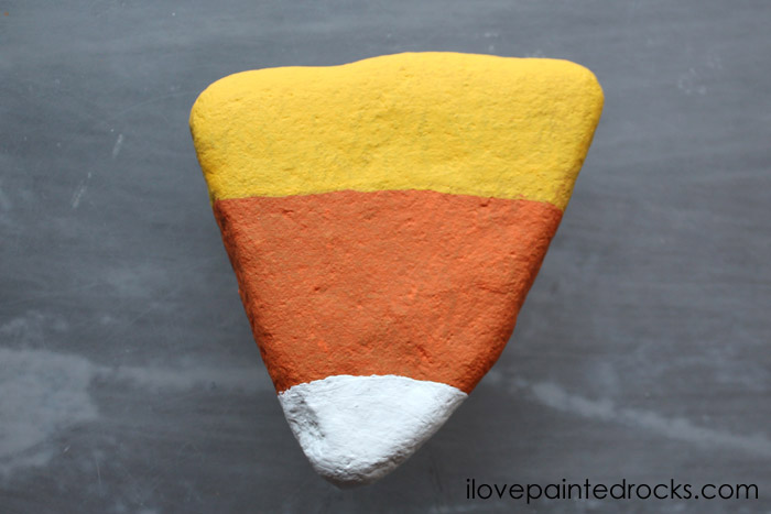 How to make an easy halloween painted rock