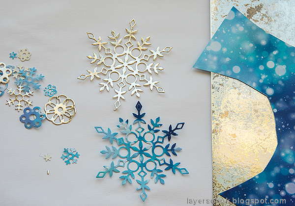 Layers of ink - Textured Snowflake Card Tutorial by Anna-Karin Evaldsson.  Die cut Simon Says Stamp Eliza snowflake.