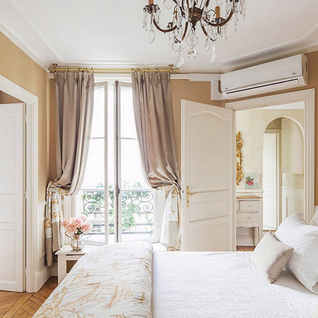 Places - A Paris Apartment for Rent, Beaumes de Venise, Left Bank {Cool Chic style Fashion}