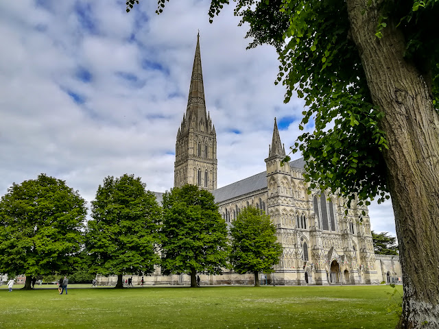 Photo of Salisbury Cathedral from the bench where I ate my supper