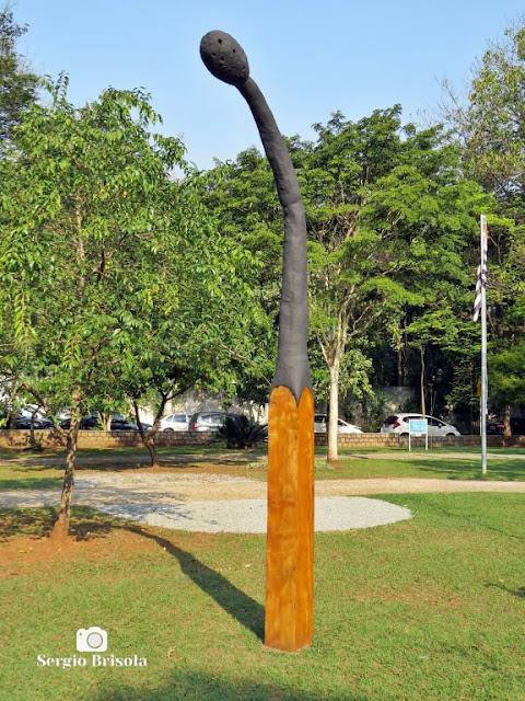 Close-up da Escultura Sem Título - Praça Adolpho Bloch - Jardim Paulista - São Paulo