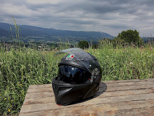 recensione casco modulare moto AGV