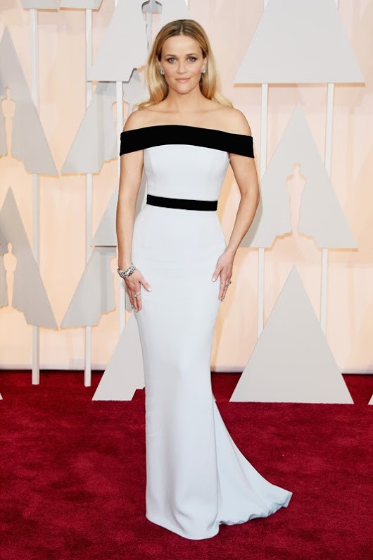 2015 Academy Awards Arrivals: Reese Witherspoon in Tom Ford