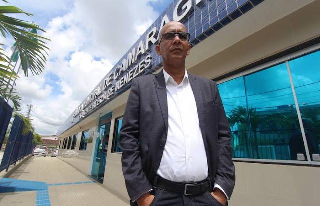Pedido de impeachment ameaça derrubar prefeito de Camaragibe
