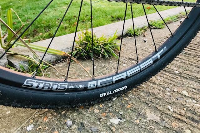 Review - Stans NoTubes ZTR Crest S1 29er (700c) Tubeless Wheel Set