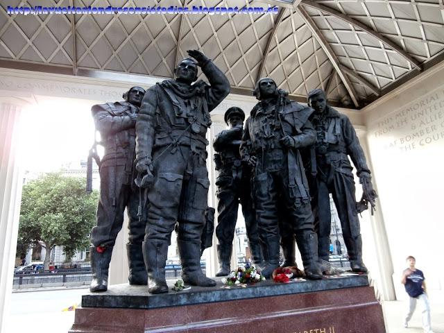 Memorial de las fuerzas aéreas británicas RAF.