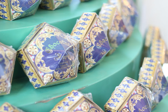Chocolate Frog Honeydukes Wizarding world of Harry Potter