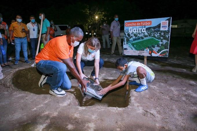 Inician obras del escenario recreativo cancha de fútbol de Gaira