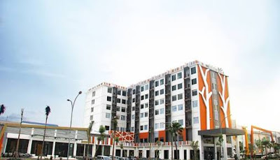 The Sun Hotel Madiun yang strategis.