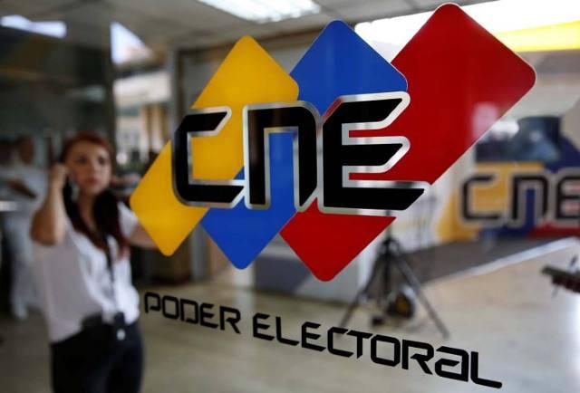 Retraso del CNE pone en riesgo el ejercicio del voto en 2017