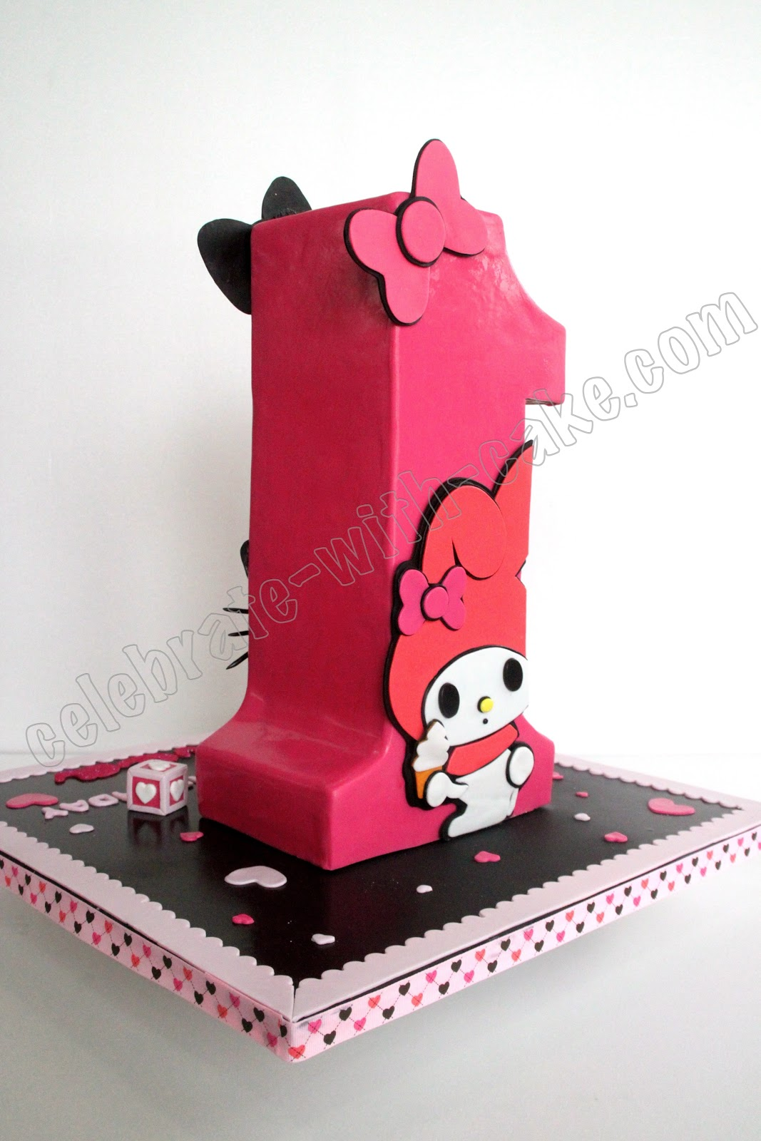 Standing Numeral 1 Hello Kitty Cake