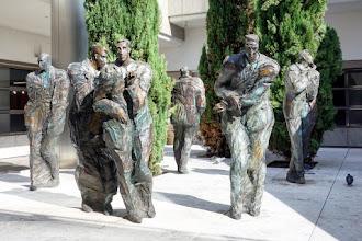 Art : Les Hommes de la Cité, une oeuvre de France et Hugues Siptrott - La Défense
