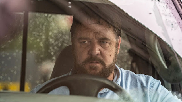A Russell Crowe se le va la olla en el tráiler de 'Salvaje' (Unhinged)