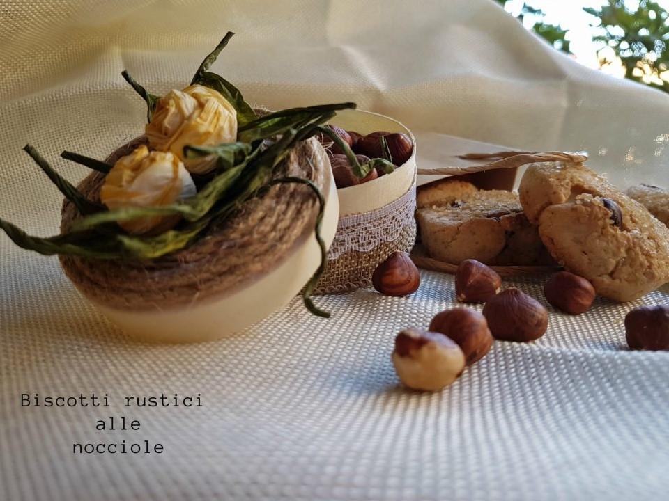 Dolci Da Credenza Biscotti Alle Nocciole : Biscotti rustici alle nocciole