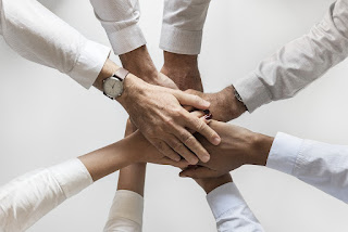 10 Amazing Qualities of a Team Player