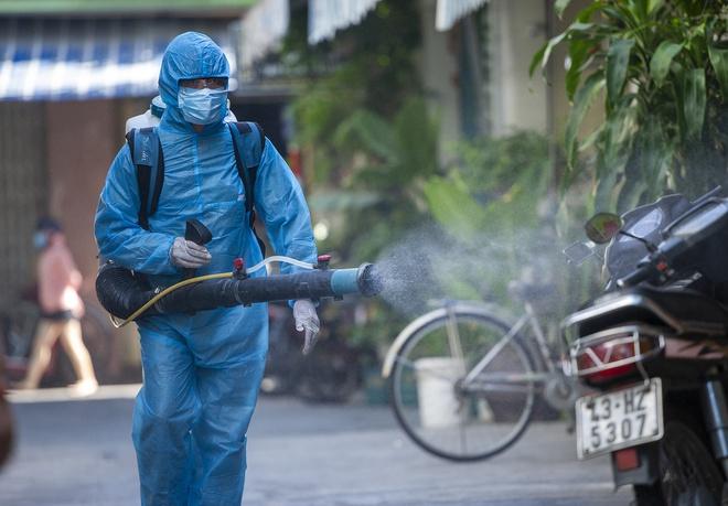 Ca bệnh 969 ở Hà Nội tự cách ly tại nhà trước khi phát hiện dương tính