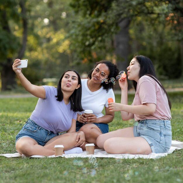 orang-indonesia-muncul-sebagai-pengguna-filter-yang-produktif-dalam-selfie