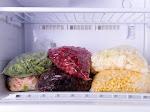 9 Makanan yang Sebaiknya Tidak Disimpan di Freezer