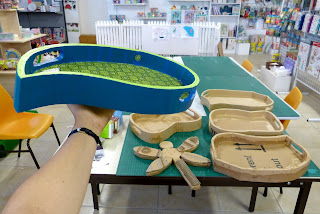 Cours de création en carton, meubles en carton et objets en cartons par Cartons Dudulle à Puygouzon