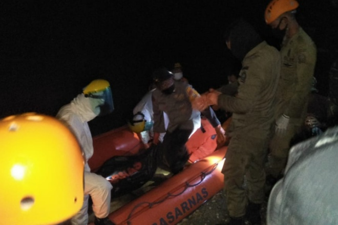 22 Jam Hilang, Korban Perahu Tenggelam di Cenran Ditemukan Tak Bernyawa