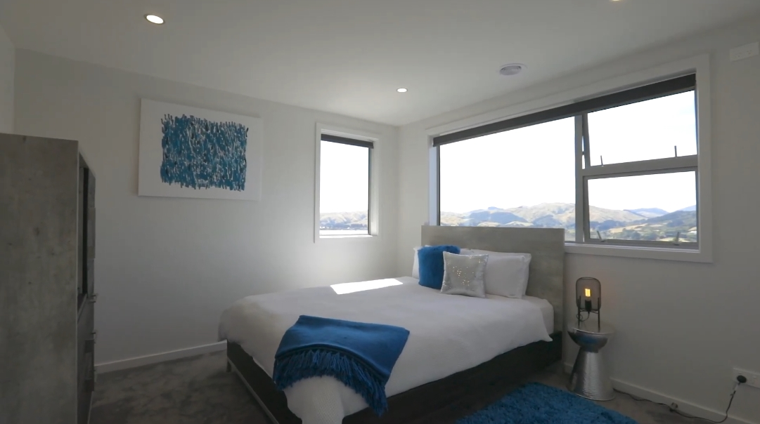 21 Interior Design Photos vs. 141 Endeavour Dr, Whitby Luxury Home Tour