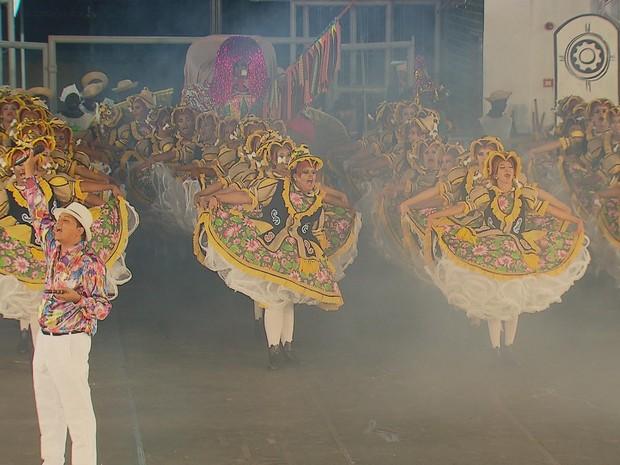 Quadrilhas falam de tradição e amor no 3º dia do Festival da Globo NE