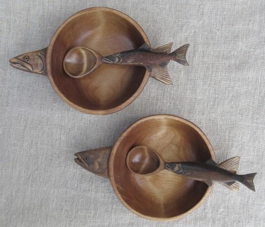 Деревянные тарелки для ухи камчатских рыбаков