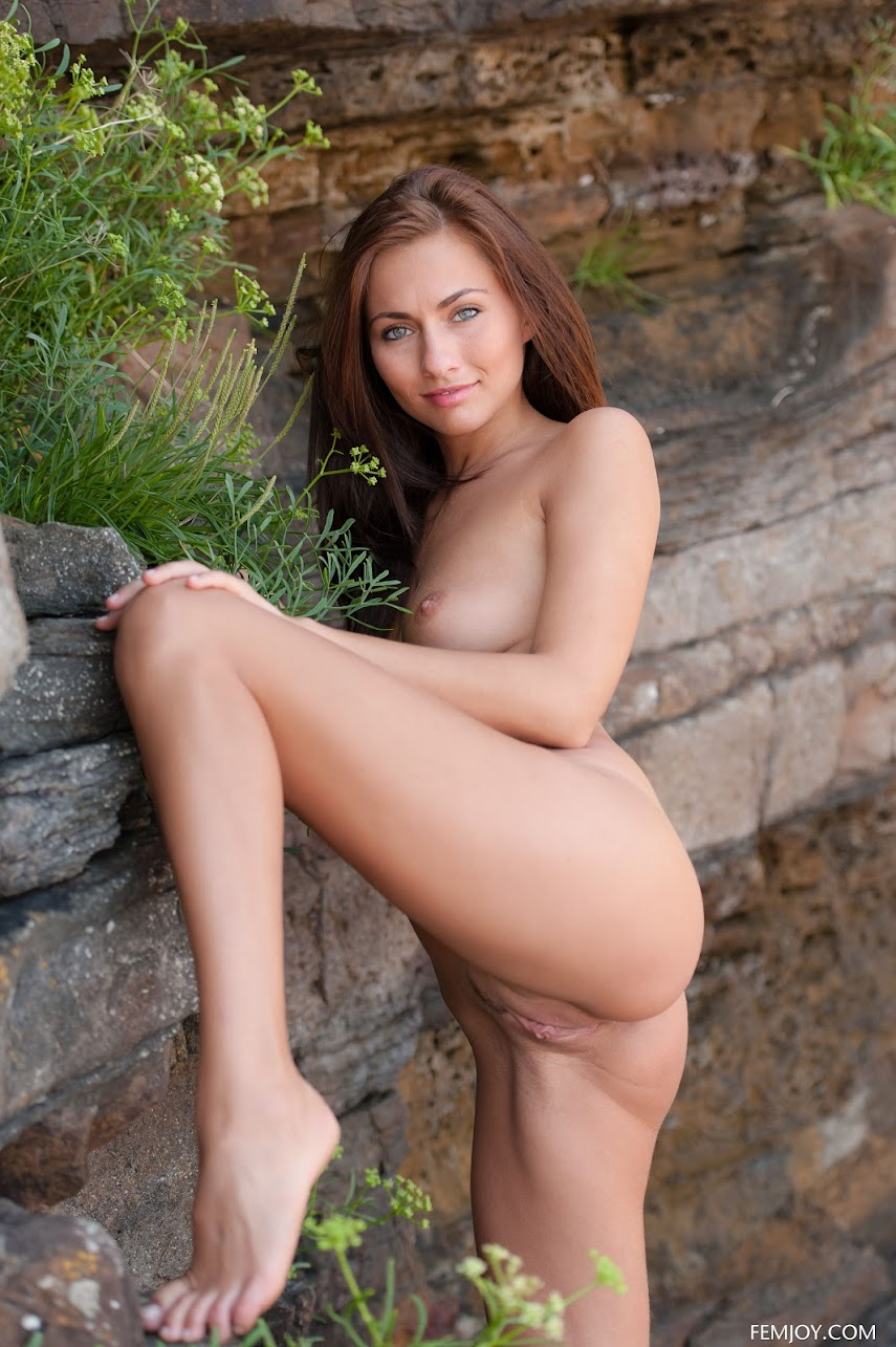 1454109621_collage Michaela Isizzu - FemJoy 2013-2015  (Complete Photo & Video Pack)