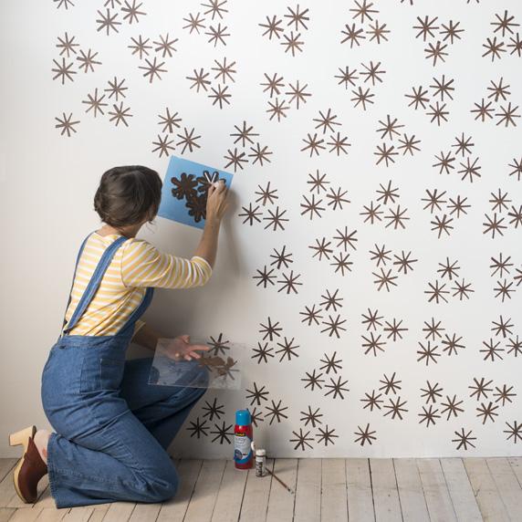 proceso para hacer estampados en las paredes