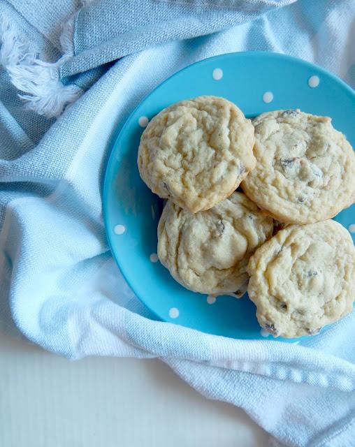 chocolate chip cookie recipe (sweetandsavoryfood.com)