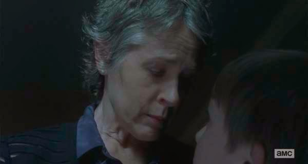 Carol en The Walking Dead 5x13 - Forget