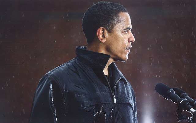Senator Obama drenched, during a rally at Widener University in Chester, Pa. © Damon Winter / The New York Times