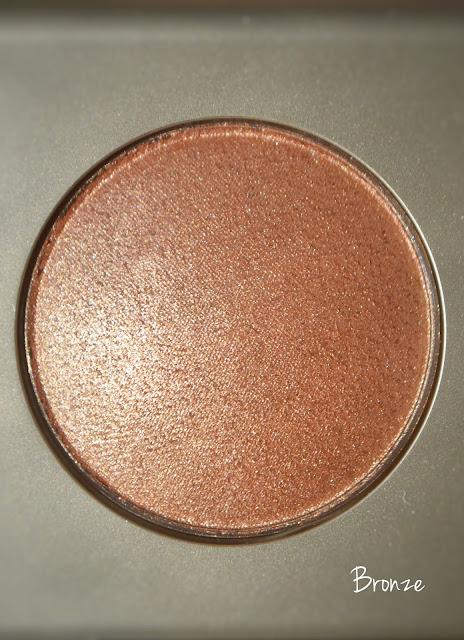 stila bronze highlighter swatches