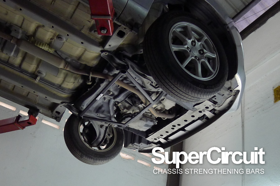 Secondly The SUPERCIRCUIT Crossmember Brace Reinforces Area Where Front Lower Arm Is Connected To Vehicle Chassis Minimize Flex