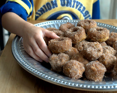 A Veggie Venture: Baked Pumpkin Donuts & Donut Holes ♥ aka How to Make Small Boys & Handsome Men Happy