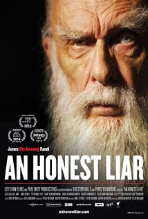An Honest Liar <br><span class='font12 dBlock'><i>(An Honest Liar )</i></span>