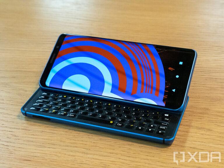 Keren! Inilah Pro1-X Ponsel Canggih buatan XDA!