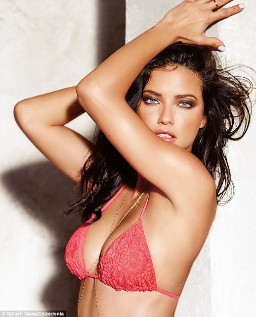Hot girls Adriana Lima sexy Bra model from Brazil 5