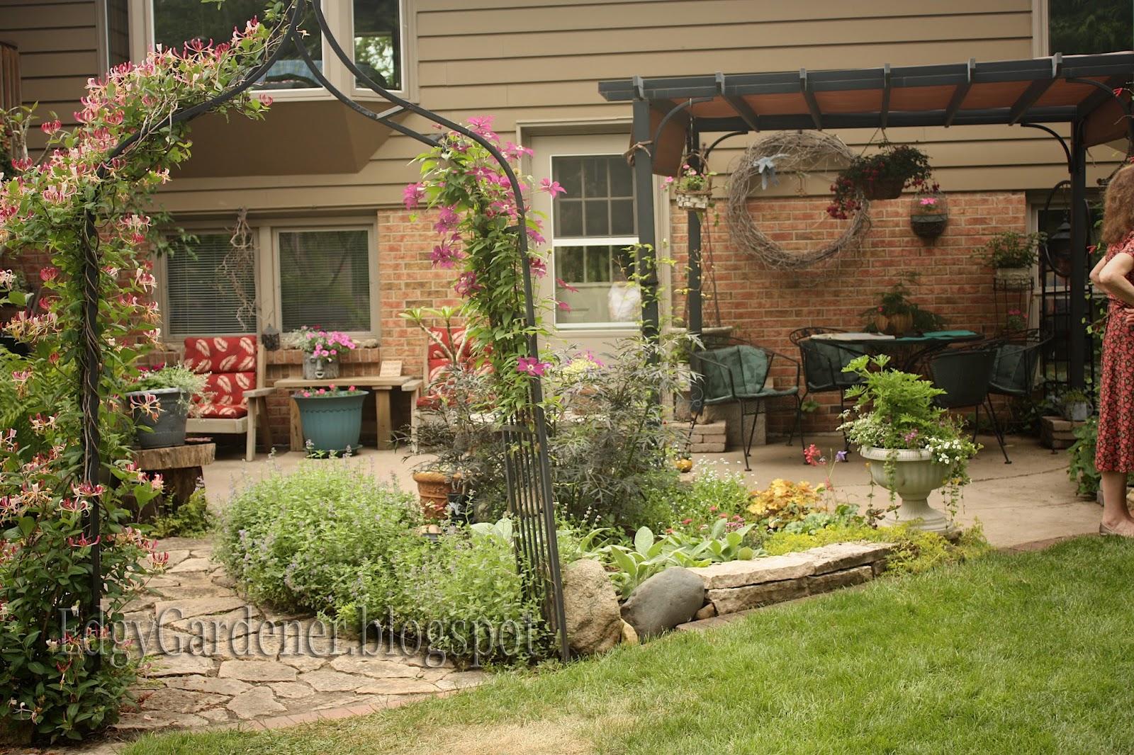 The Edgy Gardener Blog: Garden Walk: Rockford, Il (Post 5