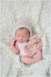 seance nouveau ne bébé naissance photographe 77
