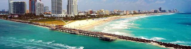 Plage de Miami avec gratte ciel