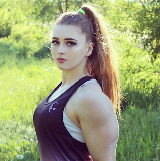 Top 5 The beautiful woman with muscles : 5 - Yulia Viktorvna vins (Russia)