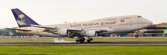 طائرة بوينغ 747-400