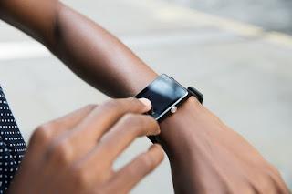6 Cara Mengejutkan dan Sangat Efektif untuk Mengurangi Waktu Layar Anda